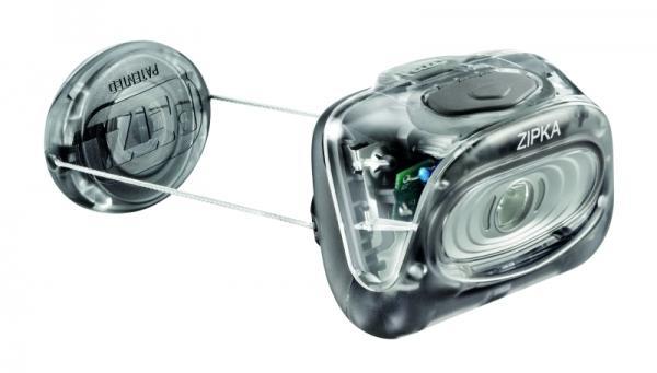Фонарь ZipkaНалобные<br><br> Ультра-компактный налобный фонарь PETZL ZIPKA для ближнего освещения и движения<br><br> ZIPKA станет Вашим попутчиком, куда бы Вы не направились. Втягиваемая нить делает фонарь очень компактным и позволяет надевать этот фонарь куда угодно. Широ...<br><br>Цвет: Черный<br>Размер: None