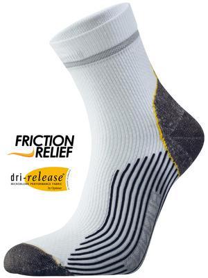 Носки Running Mid ComfortНоски<br>Мы постоянно работаем над совершенствованием наших носков. Используя самые современные технологии, мы улучшаем качество и функциональность носков. Одна из последних инноваций – материал Nano-Glide™, делающий носки в 10 раз прочнее. <br> <br> Dri Relea...<br><br>Цвет: Белый<br>Размер: 34-36