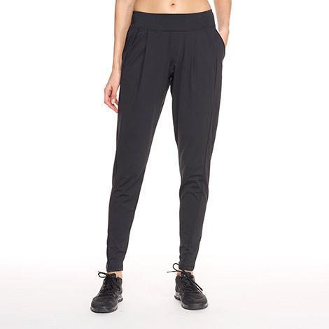 Брюки LSW1357 TALISA PANTSБрюки, штаны<br><br><br><br> Удобные женские брюки свободного кроя Lole Talisa Pants изготовлены из удивительно мягкой ткани. Модель LSW1357 создана специально для занятий йогой, пилатесом или комфортных прогулок...<br><br>Цвет: Черный<br>Размер: L