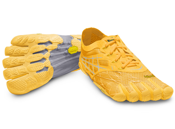 Мокасины Vibram  FIVEFINGERS SEEYA LS WVibram FiveFingers<br><br> В ультра легкую модель SEEYA LS добавлена универсальность привычных кроссовок. Обновленная, технически стилизованная верхняя часть оснащ...<br><br>Цвет: Оранжевый<br>Размер: 38