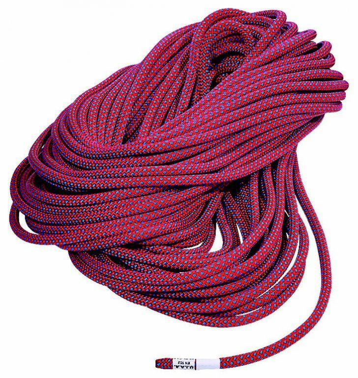 Веревка DUO 7.8 standardВеревки, стропы, репшнуры<br>Динамическая веревка, сертифицированная и как одинарная, и как двойная. Очень легкая и прочная веревка маленького диаметра. Разработана для повседневного использования на искусственных стенах, спортивного скалолазания и экстремальных восхождений в гора...<br><br>Цвет: Фиолетовый<br>Размер: 68
