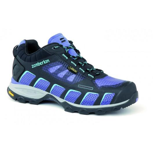 Кроссовки 132 AIR-ROUND GTX RR WNSТреккинговые<br><br> Стильные ботинки средней высоты для легкого и уверенного движения по горным тропам. Комфортная посадка этих ботинок усовершенствована за счет эксклюзивной внешней подошвы Zamberlan® Vibram® Speed Hiking Lite, которая позволяет максимально эффективн...<br><br>Цвет: Фиолетовый<br>Размер: 36