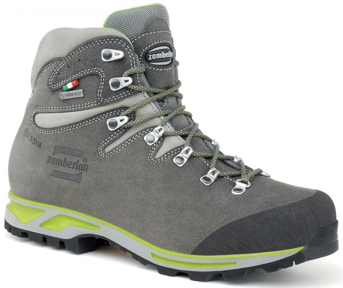 Ботинки 900 ROLLE GTXТреккинговые<br>Универсальные треккинговые ботинки отлично подойдут для походов средней сложности. Верх из кожи Perwanger с обработкой Hydrobloc®для лучшей водонепроницаемости. Защитное PU укрепление на носке. Многонаправленные элементы Zamberlan® Flex-STM, обеспечива...<br><br>Цвет: Серый<br>Размер: 40.5