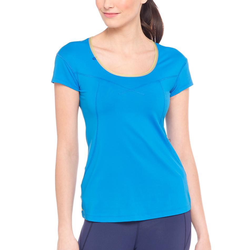 Футболка LSW1320 CARDIO T-SHIRTФутболки, поло<br><br> Lole Cardio T-Shirt это классическая однотонная женская футболка. В ней приятно и комфортно проводить фитнес-тренировки или заниматься бегом. Легкая и мягкая ткань быстро отводит влагу и позволя...<br><br>Цвет: Голубой<br>Размер: S