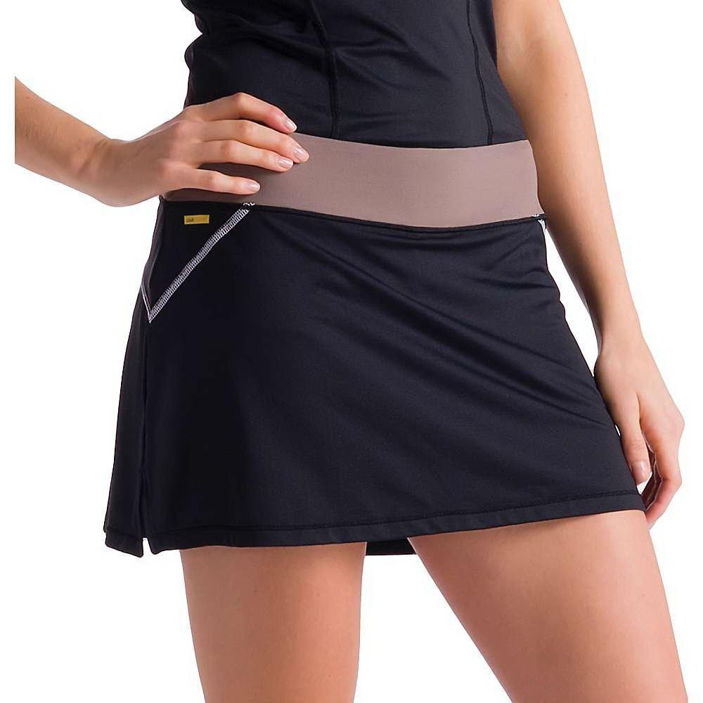 Юбка LSW0911 LANGELINE SKIRTЮбки<br><br> Классическая короткая спортивная юбка Lole Langeline Skirt LSW0911 оптимально подходит для занятий теннисом или прогулок. Она очень удобна: плоские швы не натирают кожу, мягкая ткань приятна на ощупь, а эластичный пояс легко регулирует высоту посад...<br><br>Цвет: Черный<br>Размер: XXS