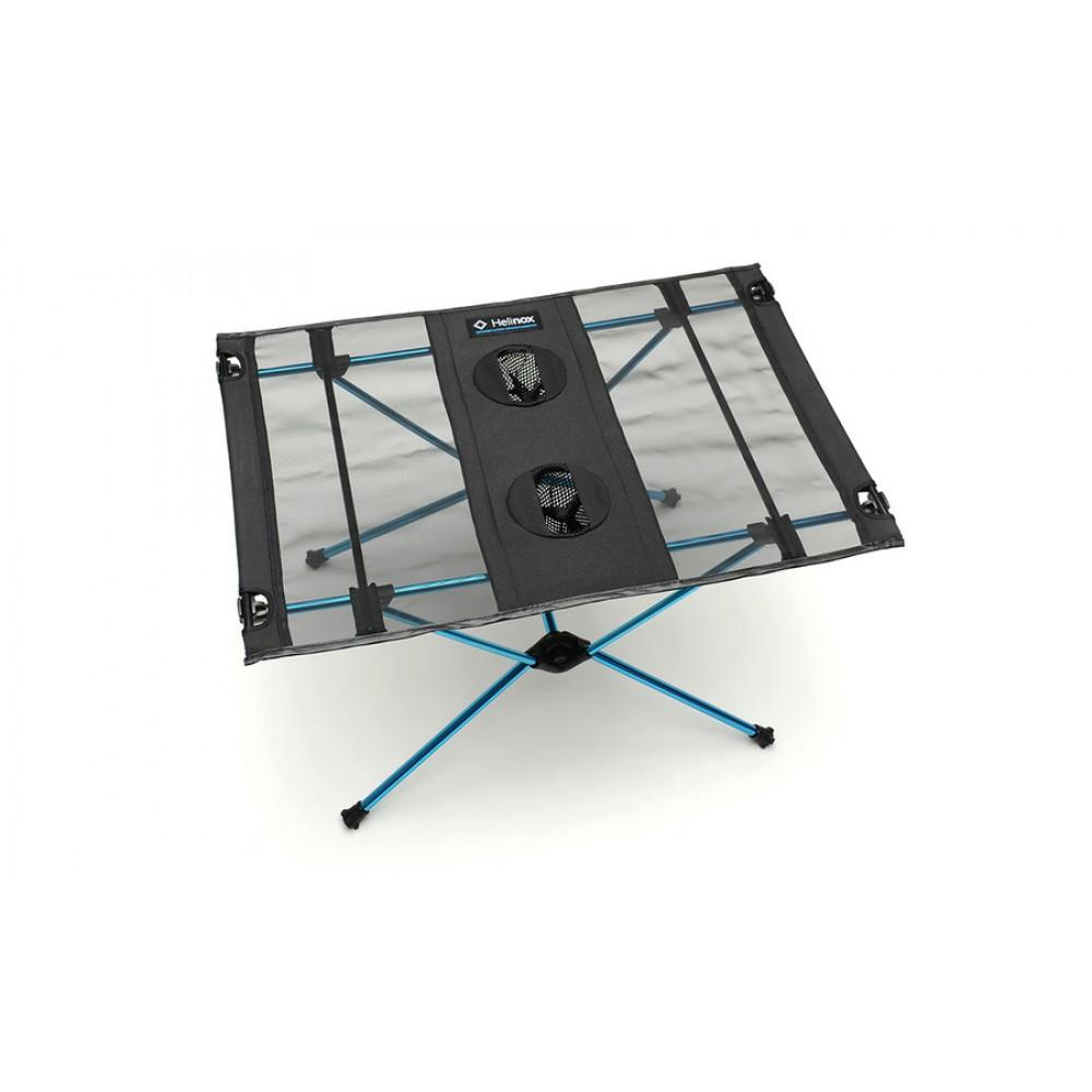 Портативный Helinox  стол Table OneКемпинговая мебель<br>Сверхлегкий портативный столик для поездки на природу. На корпус натянута прочная сетка. Имеет два держателя для напитков, а также место дл...<br><br>Цвет: Черный<br>Размер: None
