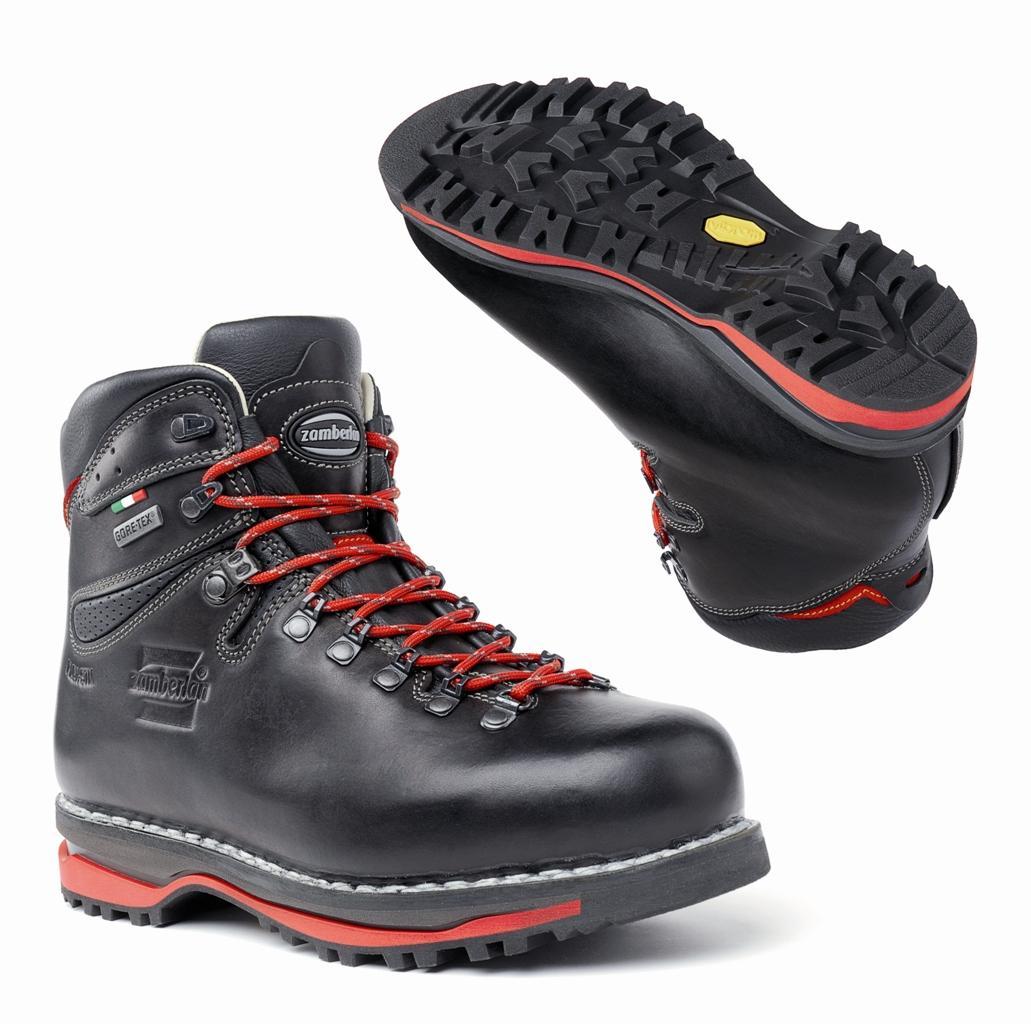 Ботинки 1024 LAGORAI NW GTАльпинистские<br>Классические ботинки для бэкпекинга в ретро стиле с уникальной рантовой конструкцией. Верх из вощеной кожи Tuscany толщиной 2.8 mm, отличная посадка благодаря надежной колодке и эластичным раструбам. Устойчивая платформа благодаря внешней подошве Zamberla...<br><br>Цвет: Черный<br>Размер: 44