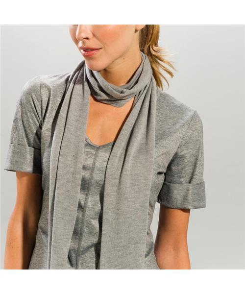Шарф StellaШарфы<br>Легкий вязанный шарф завершит Ваш образ сочной ноткой и согреет Вас!<br><br>Цвет: Серый<br>Размер: None