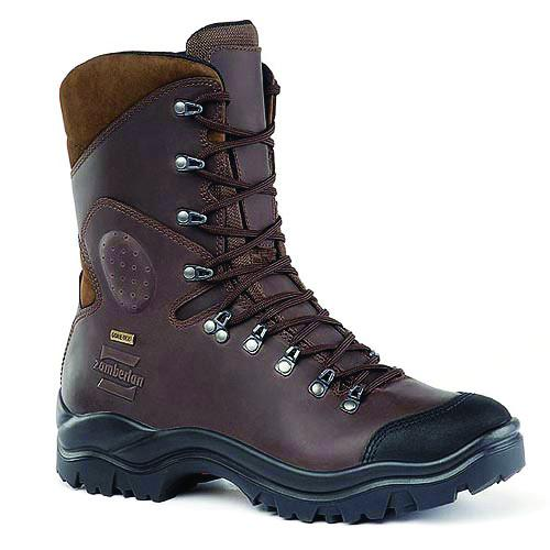 Ботинки 163 COMMANDO GTX RRТреккинговые<br><br> Высокие облегченные ботинки. Обновленная система шнуровки удобна для прыжков с парашютом. Кожа Hydrobloc® Full Grain Leather очень прочна и в сочетании с мембраной GORE-TEX® обеспечивает защиту и терморегуляцию. Внешняя подошва Zamberlan® Vibram® F...<br><br>Цвет: Коричневый<br>Размер: 43