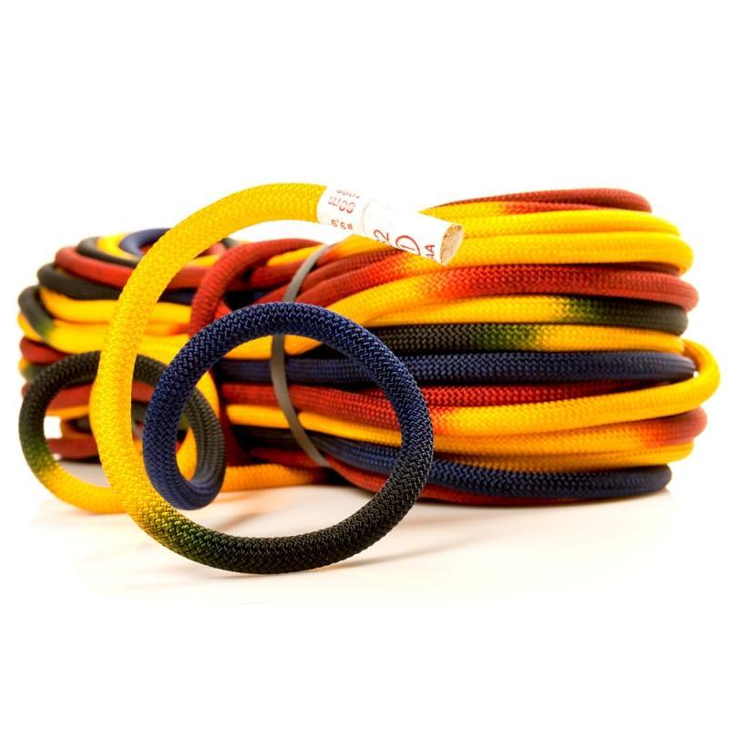 Веревка RAINBOWВеревки, стропы, репшнуры<br>Динамическая веревка для скалолазания Roca Rainbow 9.9 mm одна из самых легких и эффективных на рынке.<br><br>Диаметр: 9,9 мм<br>Длина: 60, 70 м.<br>&lt;...<br><br>Цвет: Желтый<br>Размер: 60