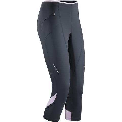 Брюки Cita 3/4 Tight жен.Брюки, штаны<br>ХАРАКТЕРИСТИКА <br><br> Отлично дышащие и исключительно эффективно отводящие влагу с поверхности тела облегающие брюки для бега. <br><br><br> &lt;b...<br><br>Цвет: Серый<br>Размер: L