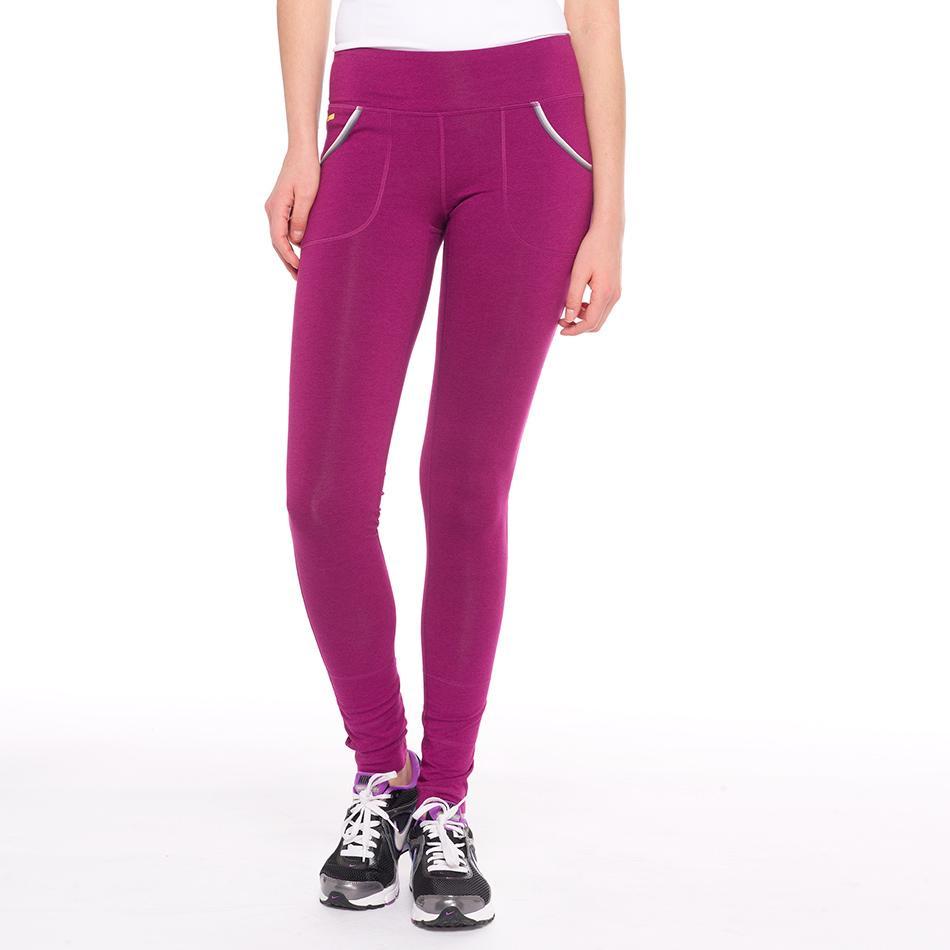Леггинсы LSW1343 SALUTATION LEGGINGSБрюки, штаны<br><br> Леггинсы Lole Salutation Leggings – это идеальное решение для занятий бегом или фитнесом. Они плотно облегают ноги, но при этом не ограничивают свободу движения.<br><br>&lt;p style=border-width: i...<br><br>Цвет: Розовый<br>Размер: M