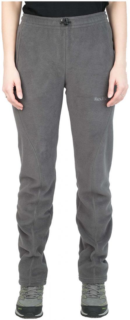 Брюки Camp ЖенскиеБрюки, штаны<br><br> Теплые спортивные брюки свободного кроя. Обладают высокими дышащими и теплоизолирующими свойствами. Могут быть использованы в качестве среднего утепляющего слоя в холодную погоду.<br><br><br>основное назначение: походы, загородный отдых &lt;/li...<br><br>Цвет: Серый<br>Размер: 44