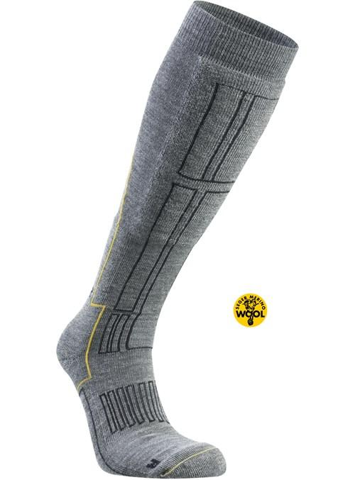 Носки Alpine Mid AdvanceНоски<br>ОБЛАСТЬ ПРИМЕНЕНИЯ:<br><br>Спорт<br>Туризм<br><br> <br> БРЕНД: <br> Компания Seger основана в Швеции в 1947 г. Изначальный ассортимент - носки, футбольные носки, гольфы и гетры. В 1963 г. открылась швейная фабрика...<br><br>Цвет: Темно-серый<br>Размер: 41-42
