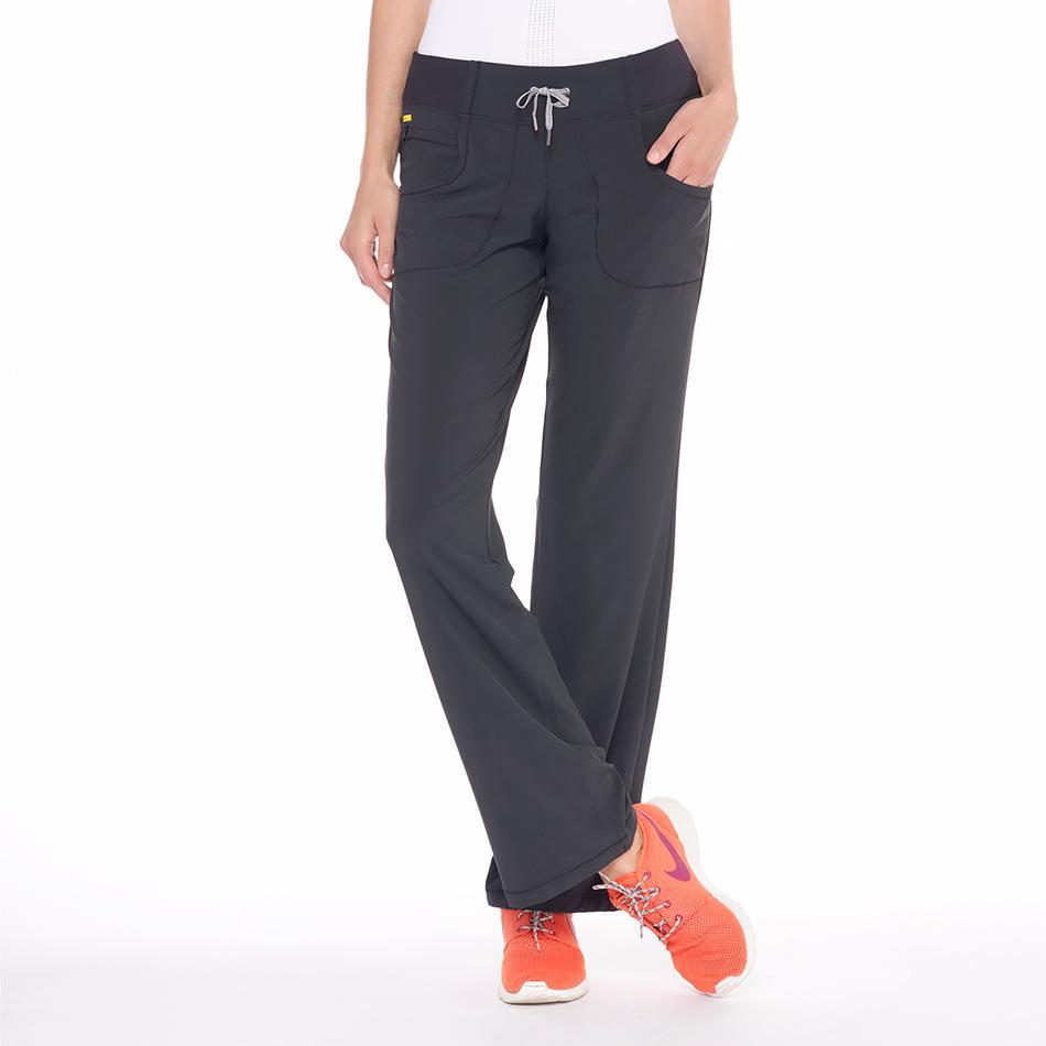 Брюки SSL0002 REFRESH PANTSБрюки, штаны<br><br> Легкие женские брюки SSL0002 Refresh Pants от Lole имеют свободный крой и приятную на ощупь фактуру. Они не стесняют движения и идеально подходят для фитнеса, бега или прогулок в путешествиях. <br> Брюки выполнены из качественной износостойкой э...<br><br>Цвет: Черный<br>Размер: S