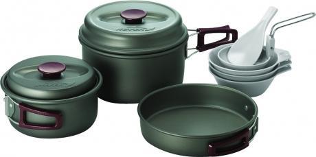Набор Kovea  посуды VKK-SH23Посуда<br> Набор легкой походной посуды из алюминия с холодным анодированием, рассчитанный на 2–3 человек. Набор состоит из двух кастрюлек объемом 1.8 литра и 1 литр, удобной сковороды, 3-х пиал, лопатки и складного половника. Анодированный алюминий обладает пов...<br><br>Цвет: Темно-серый<br>Размер: None