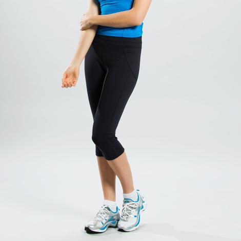 Капри SSL0005 LIVELY CAPRIШорты, бриджи<br><br> Укороченная версия брюк Lively. Легкие, дышащие капри для активных тренировок с поддержкой на талии.<br><br><br><br><br>Капри со вставками из ...<br><br>Цвет: Черный<br>Размер: M