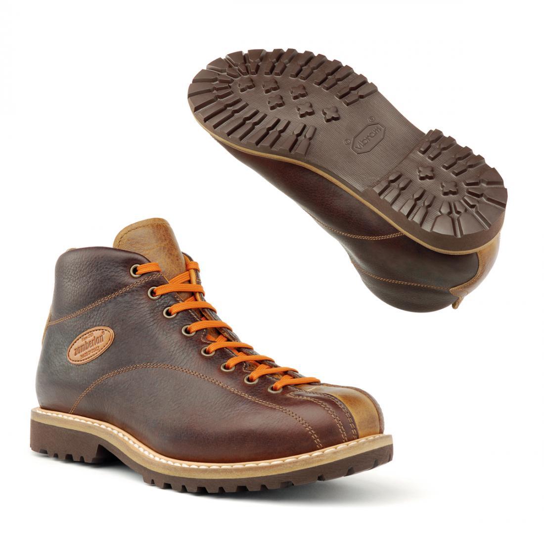 Ботинки 1121 CORTINA MID GWБотинки<br>Современные классические ботинки в городском стиле, созданные вручную мастерами Италии с применением специального метода конструкции Goodyear welted. Удобные и гибкие, они изготовлены с использованием уникальной конструкции обуви, мягкой телячьей кожи ...<br><br>Цвет: Коричневый<br>Размер: 43
