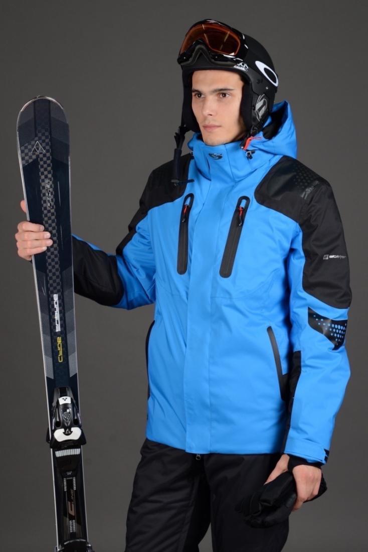 Куртка спортивная 43514Куртки<br>Удлиненная технологичная горнолыжная модель свободного кроя, отличающаяся четкими линиями и лаконичным дизайном, в которой собраны все самые важные по функциональности детали для спортсмена. Дополнительное усиление на плечах, предотвращающее порезы тка...<br><br>Цвет: Синий<br>Размер: 54