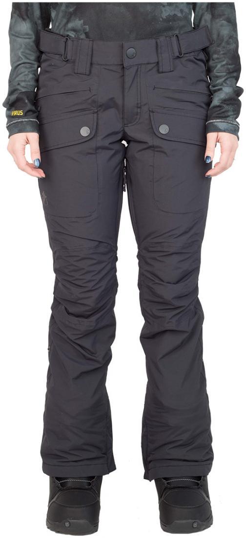Штаны сноубордические утепленные Tune WБрюки, штаны<br>Утепленные штаны для стильных девушек. Модель Tune W обладает свободной посадкой на бёдрах и зауженными штанинами. Накладные карманы спере...<br><br>Цвет: Черный<br>Размер: 42