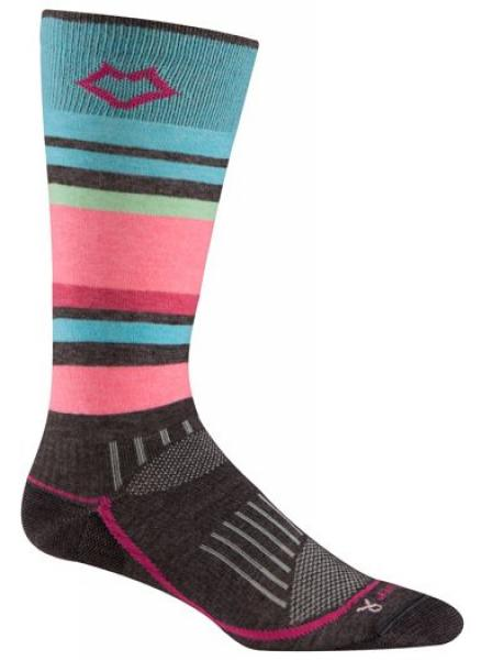 Носки лыжные жен.5513 SundownНоски<br><br> Эти очень тонкие носки создают ощущение «босой ноги» и обладают идеальной посадкой с учетом анатомических особенностей женской ноги. Благодаря уникальной системе переплетения волокон Wick Dry® и использованию Eco волокон, влага быстро испаряется с ...<br><br>Цвет: Розовый<br>Размер: L