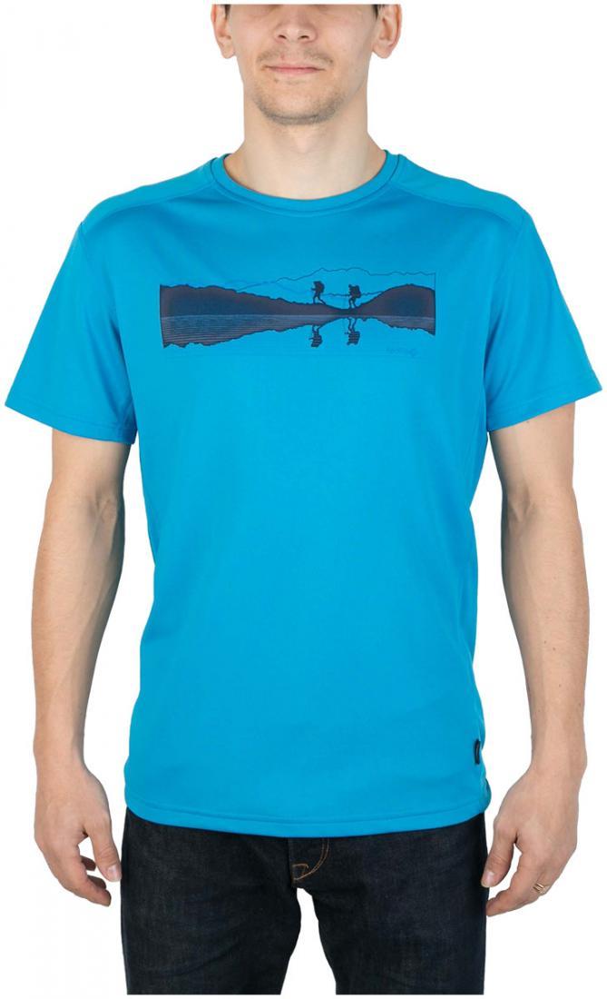 Футболка Breeze T МужскаяФутболки, поло<br><br> Мужская футболка «свободного» кроя с оригинальным аутдор принтом<br><br><br> Основные характеристики:<br><br><br>материал с высокими показателями воздухопроницаемости<br>обработка материала, защищающая от ультрафиолетовых лучей...<br><br>Цвет: Голубой<br>Размер: 46