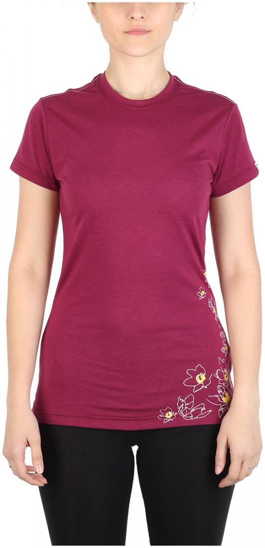 Футболка Victoria ЖенскаяФутболки, поло<br><br> Легкая и прочная футболка с оригинальным аутдор принтом , выполненная из ткани на 70% состоящей из полиэстера и на 30% из хлопка, что способствует большей износостойкости изделия. создает отличную терморегуляцию и оптимальный комфорт в повседневном...<br><br>Цвет: Розовый<br>Размер: 44