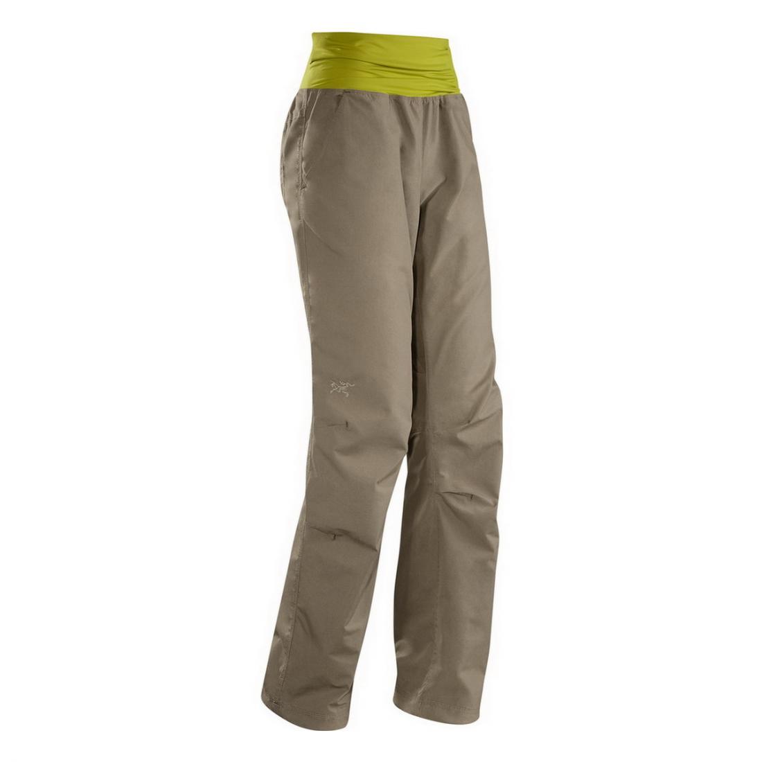 Брюки Emoji Pant жен.Брюки, штаны<br><br><br><br> Emoji Pant– широкие удобные брюки с высоким эластичным поясом. Это женская модель от компании Arcteryx привлекает внимание любительниц ...<br><br>Цвет: Серый<br>Размер: 8