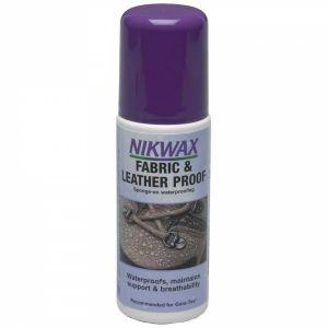 Пропитка для обуви Fabrick & Leather Spray от Nikwax