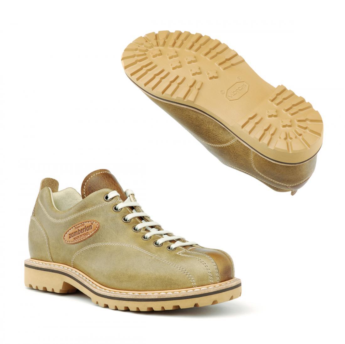 Ботинки 1120 CORTINA LOW GW WNSАльпинистские<br>Современные классические ботинки в городском стиле, созданные вручную мастерами Италии с применением специального метода конструкции Goodyear welted. Удобные и гибкие, они изготовлены с использованием уникальной конструкции обуви, мягкой телячьей кожи ...<br><br>Цвет: Бежевый<br>Размер: 37.5
