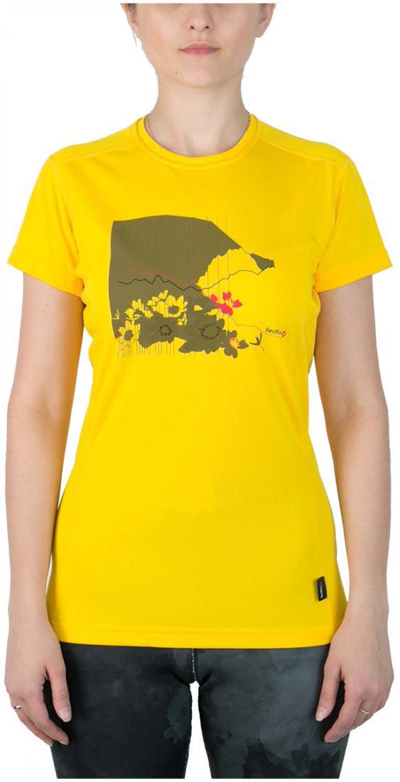 Футболка Red Rocks T ЖенскаяФутболки, поло<br><br> Женская футболка «свободного» кроя с оригинальным принтом.<br><br> Основные характеристики:<br><br>материал с высокими показателями воздухопроницаемости<br>обработка материала, защищающая от ультрафиолетовых лучей<br>обрабо...<br><br>Цвет: Желтый<br>Размер: 42