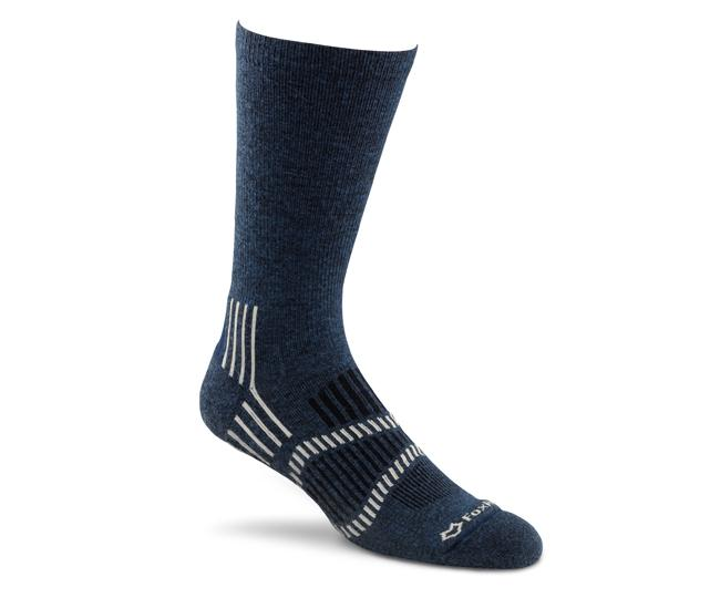 Носки турист. 2336 Stowe Lt CrewНоски<br><br> Эти носки foxsox из износостойкого PRIMALOFT® tподходят для любого путешествия. Носки Helix Fit™ fповторяют форму стопы, поддерживая ее во время движения, а подушечка на подошве и усиление в области пятки выдержит длительные нагрузки и испытания<br>&lt;...<br><br>Цвет: Синий<br>Размер: M