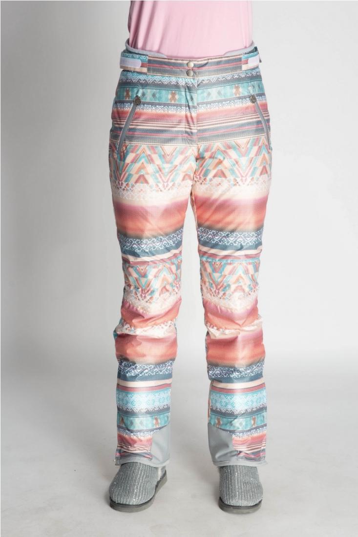 Брюки 22545Брюки, штаны<br>Женские горнолыжные брюки из принтованной мембранной ткани с высокими характеристиками влаго-ветрозащиты, окрашенной по сложной технологии растяжки<br>цвета от темных к более светлым оттенкам. Принт в этно стиле является эксклюзивной разработкой дизайнер...<br><br>Цвет: Голубой<br>Размер: 48