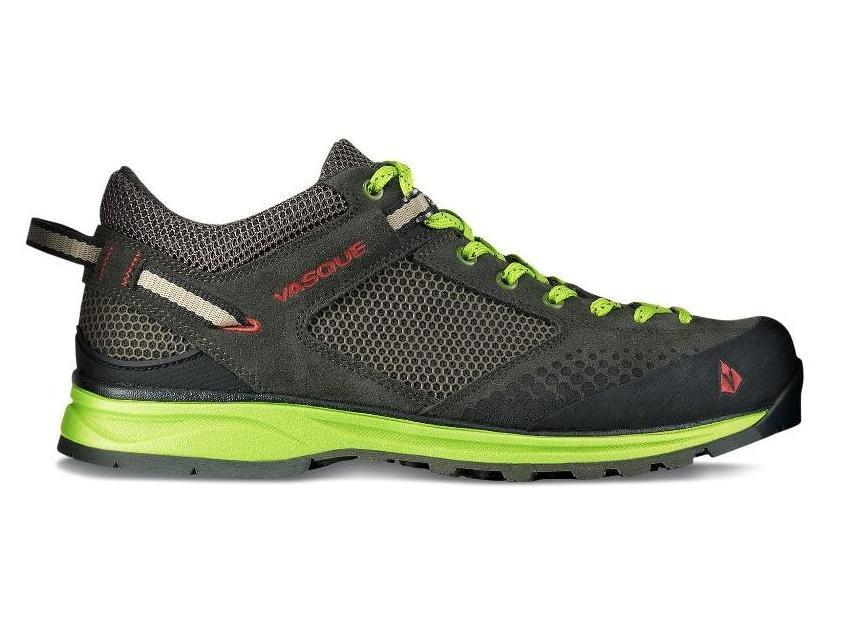 Ботинки муж. 7318 Grand TraverseХайкинговые<br><br> Тем, кто считает, что пределы скорости не для них, компания Vasque предлагает мужские ботинки Grand Traverse. Они соединили в себе надежность походной обуви с комфортом спортивных моделей.<br><br><br> Особенности<br><br><br>Ботинки и...<br><br>Цвет: Черный<br>Размер: 9.5