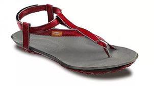 Сандалии Lizard  NESСандалии<br><br> Сандалии NES для тех, кто любит спорт и активный отдых на открытом воздухе.<br><br><br> Легкие высококачественные сандалии с особенной подошвой Cocoon анатомической формы, изготовленной из инновационного полиуретанового состава, который является ...<br><br>Цвет: Красный<br>Размер: 36
