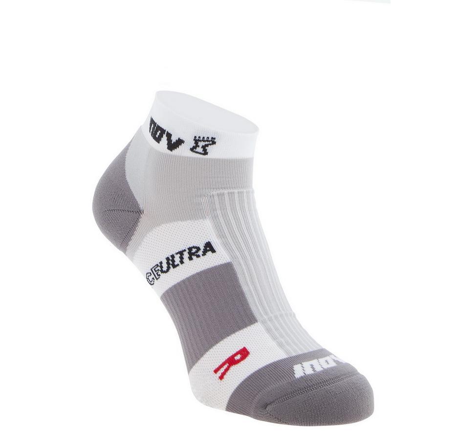 Носки Race Ultra™ Low (Twin Pack)Носки<br><br> Низкие носки RaceUltra™ Low (TwinPack) от бренда Inov-8 созданы для мужчин, которые занимаются бегом по пересеченной местности и бездорожью. Легкие, дышащие и комфортные, они обеспечивают оптимальную поддержку стопы во время интенсивных тренировок ...<br><br>Цвет: Белый<br>Размер: S