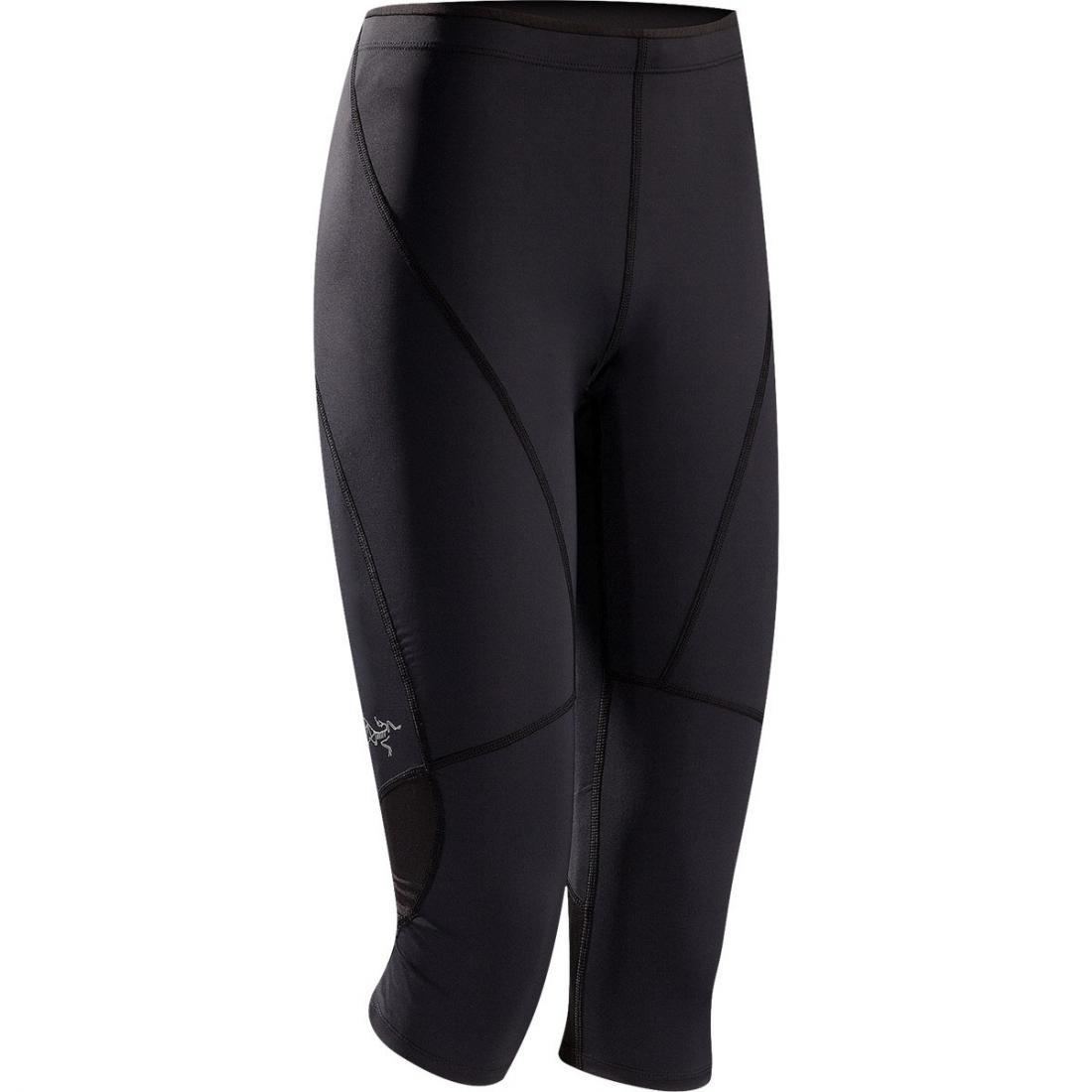 Брюки Cita 3/4 Tight жен.Брюки, штаны<br>ХАРАКТЕРИСТИКА <br><br> Отлично дышащие и исключительно эффективно отводящие влагу с поверхности тела облегающие брюки для бега. <br><br><br> &lt;b...<br><br>Цвет: Черный<br>Размер: XS