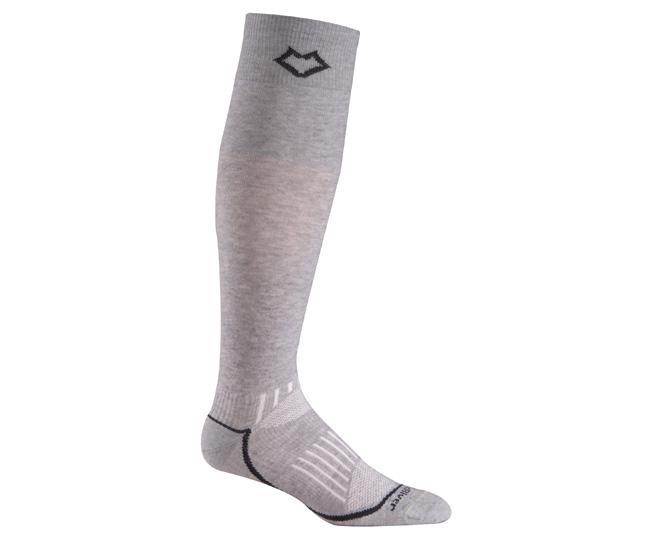 Носки лыжные 5020 VailНоски<br><br> Эти очень тонкие носки создают ощущение «босой ноги» и обладают идеальной посадкой. Благодаря уникальной системе переплетения волокон Wick Dry® и использованию Eco волокон, влага быстро испаряется с поверхности кожи, сохраняя ноги в комфорте.<br>...<br><br>Цвет: Серый<br>Размер: None