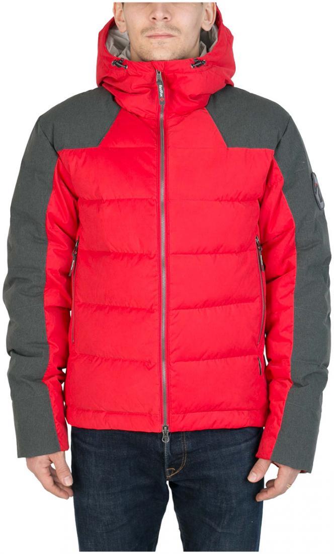 Куртка пуховая Nansen МужскаяКуртки<br><br> Пуховая куртка из прочного материала мягкой фактурыс «Peach» эффектом. стильный стеганый дизайн и функциональность деталей позволяют использовать модельв городских условиях и для отдыха за городом.<br><br><br>  Основные характеристики <br>&lt;...<br><br>Цвет: Красный<br>Размер: 54