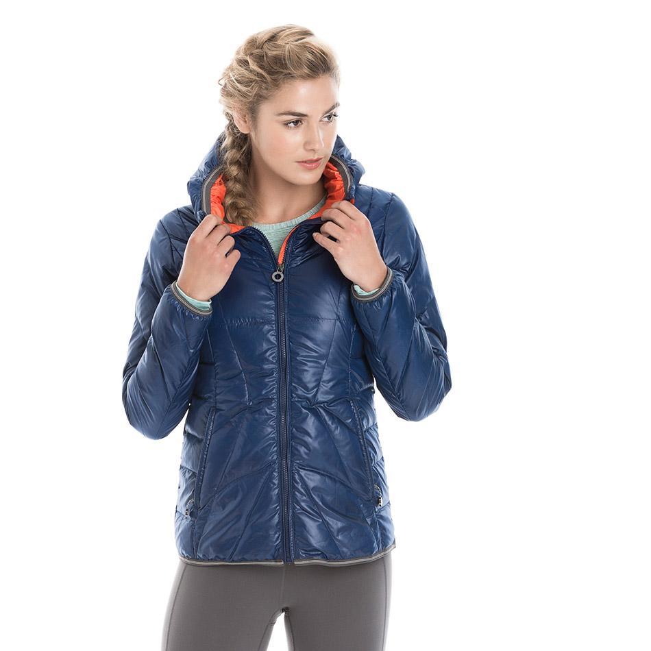 Куртка LUW0310 ELENA JACKETКуртки<br>Суперлегкая стеганая утепленная курткас капюшоном изветрозащитной иводостойкой ткани.<br> <br> Особенности:<br><br>Стеганый<br>...<br><br>Цвет: Синий<br>Размер: XS