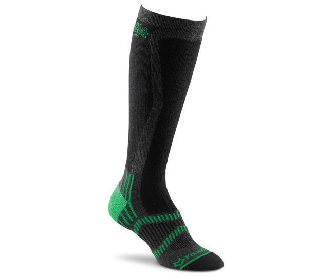 Носки лыжные жен.5539 Mystic LTНоски<br><br> Девушки, которые любят зимний спорт, по достоинству оценят лыжные носки FoxRiver Mystic LT. По длине эта модель напоминают гольфы, она достаточн...<br><br>Цвет: Темно-серый<br>Размер: L