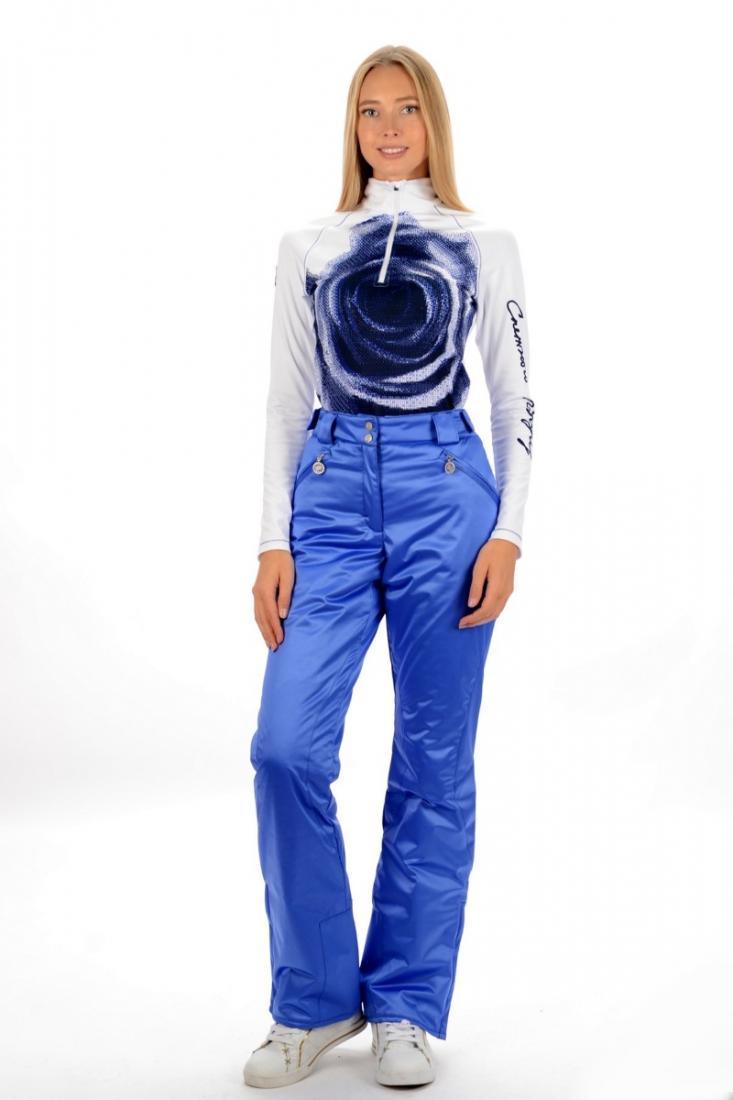 Брюки 22340 жен.Брюки, штаны<br>Практичные и функциональные спортивные брюки с удобной посадкой, отлично смотрится на любой фигуре. Модель обладает всеми характеристиками горнолыжной модели, и может использоваться как для катания, так и для загородного отдыха.<br><br>застежка ...<br><br>Цвет: Черный<br>Размер: 46