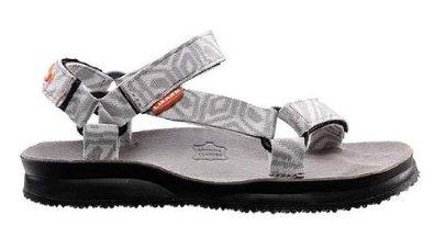 Сандалии HIKE WСандалии<br><br> Женские сандалии Hike для всех, кто любит спорт на открытом воздухе и активный отдых на природе.<br><br><br><br><br><br><br><br>Анатомические кожаные стельки и надежные и тройные закрытие Velcro обеспечивают идеальную устойчивость с...<br><br>Цвет: Белый<br>Размер: 40