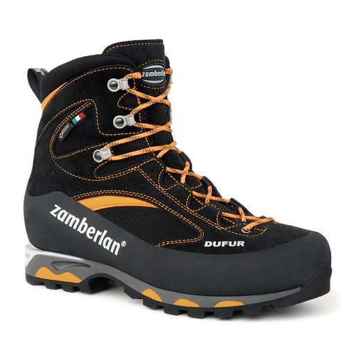 Ботинки 2040 DUFUR EVO GTX RRТреккинговые<br><br>Мужские ботинки ZAMBERLAN 2040 DUFUR EVO GTX RR выполнены из высококачественной кожи Perwanger® с пропиткой Hydrobloc® и будут по достоинству оценены любителями альпинизма. Фирменная подошва Vibram® Mulaz EVO обеспечивает максимальное сцепление на н...