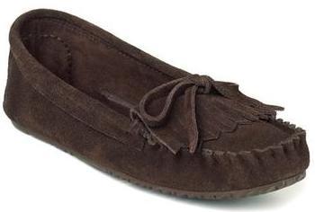 Мокаксины Sunshine Moccasin женскМокасины<br>На языке канадских аборигенов слово «мокасины» означает «обувь» или «тапочки». Предки современных жителей Канады – метисы – вручную шили мокасины, чтобы носить их на улице летом. Сегодня компания Manitobah продолжает эти традиции, сочетая национальные ...<br><br>Цвет: Коричневый<br>Размер: 5