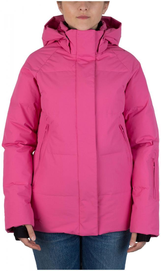 Куртка пуховая Cute W жен.Куртки<br>Женская пуховая куртка. Хорошо впишется как в сноубордический комплект, так и в лыжный благодаря посадке slim-ft. Сзади куртка чуть длинней, из-за чего создается видимость хвоста. Внутренние карманы из сетчатого материала. Настоящий бестселлер в четыре...<br><br>Цвет: Розовый<br>Размер: 42