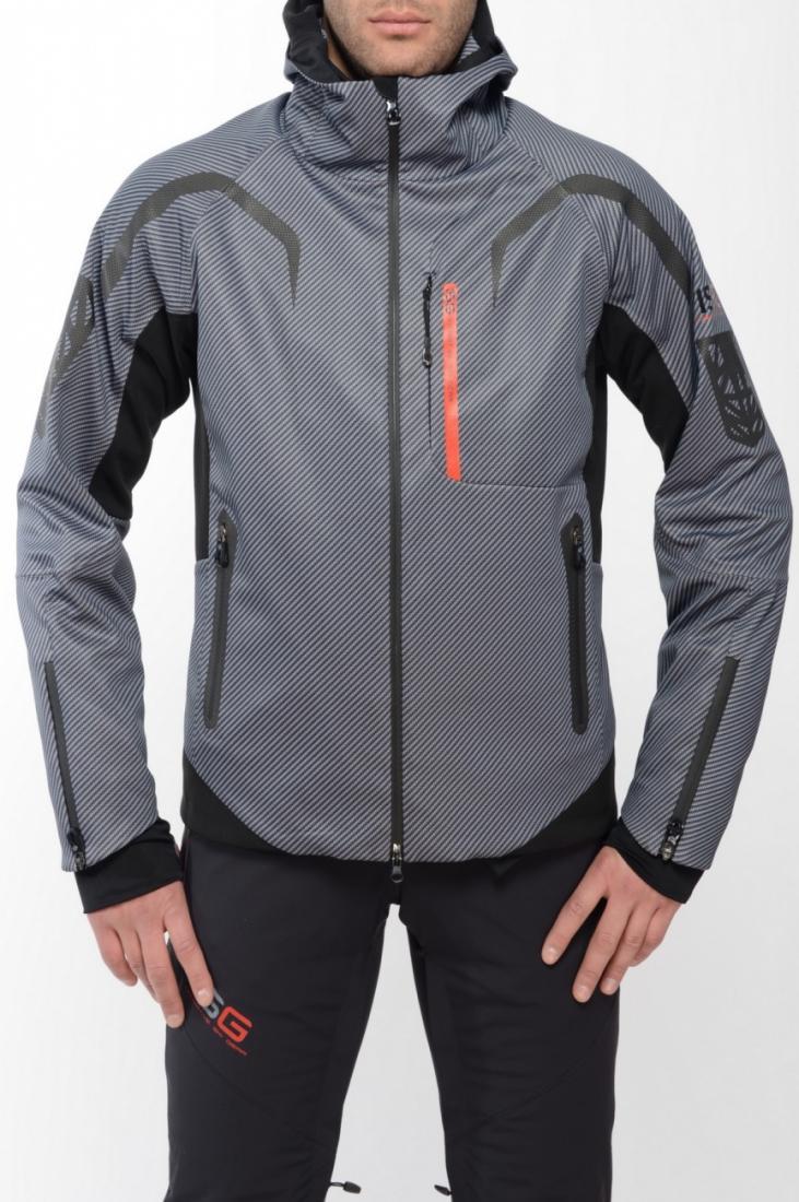 Куртка спортивная 409164Куртки<br><br> Стильная многофункциональная модель эргономичного кроя коллекции ISG из нового трехслойного эластичного материала Soft Shell, изделия из...<br><br>Цвет: Серый<br>Размер: 54