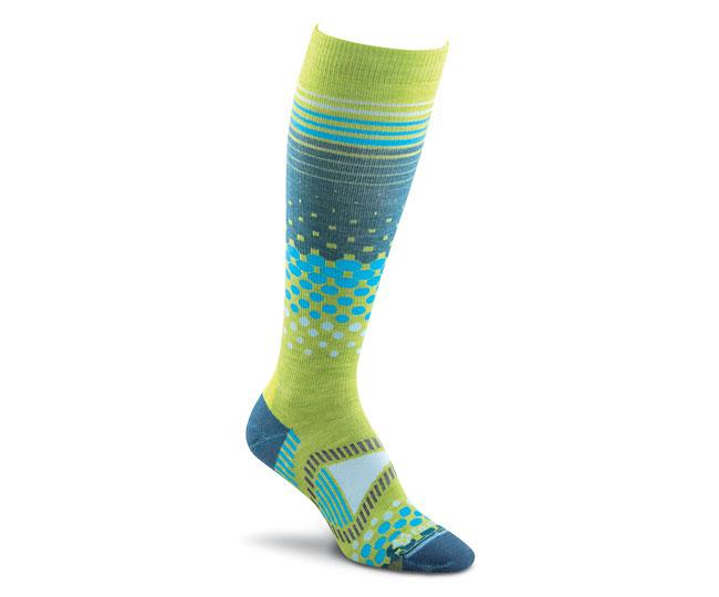 Носки лыжные жен.5530 TremblantНоски<br>Высокие женские лыжные носки FoxRiver 5530 Tremblant сохранят ноги в тепле и сухости в любую погоду. Экологичные волокна TENCEL® обеспечивают быстрый вывод влаги наружу и предотвращают размножение бактерий. Мериносовая шерсть придает изделиям мягкость,...