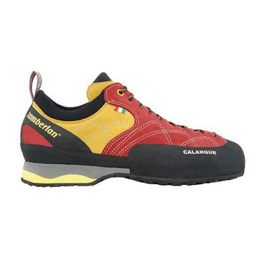 Кроссовки скалолазные A95- CALANQUEСкалолазные<br><br>Плотная система шнуровки до носка гарантирует удобнуюпосадку и улучшает сцепление.<br>Плоская колодка с ламинированным носком для особой чувствительности.<br>Клинообразная вставка EVA двойной плотности.<br>Резиновый ран...<br><br>Цвет: Красный<br>Размер: 37