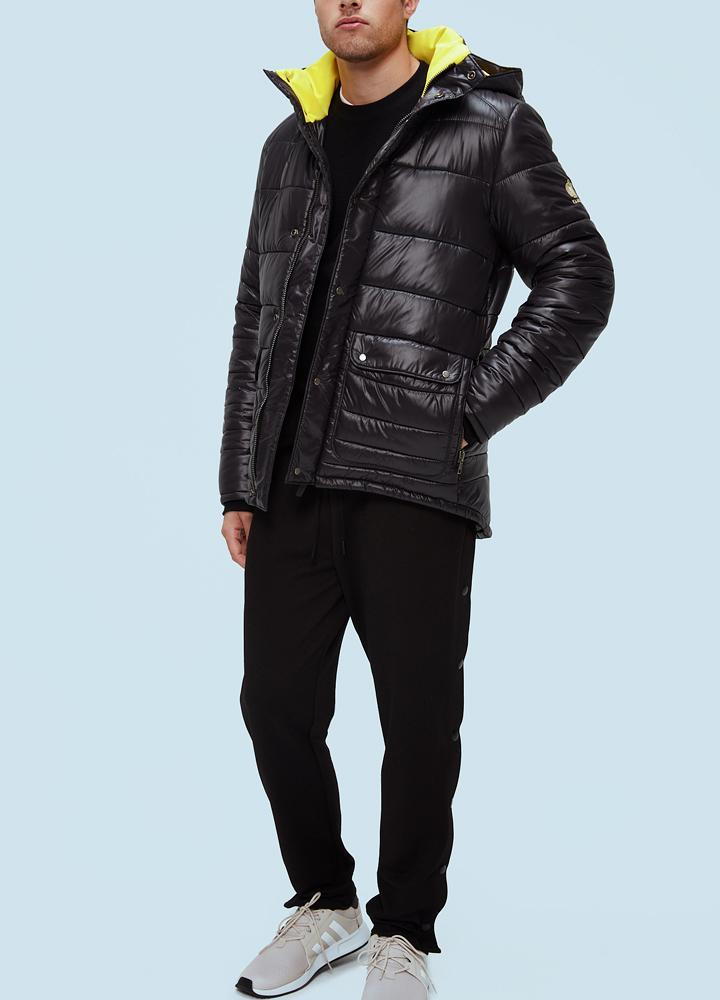 Куртка мужская Onyx Climashield M No furКуртки<br><br> Куртка мужская Kanuk Onyx – стеганая куртка в спортивном стиле. В модели используется синтетический утеплитель Climashield Thermo+, представляющий собой переплетение непрерывных волокон плотностью в 3,5 денье. Данный утеплитель согреет вас в холодн...<br><br>Цвет: Черный<br>Размер: L